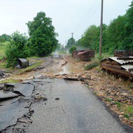 Vysoušeče pomáhají po bleskových povodních v Brtnici